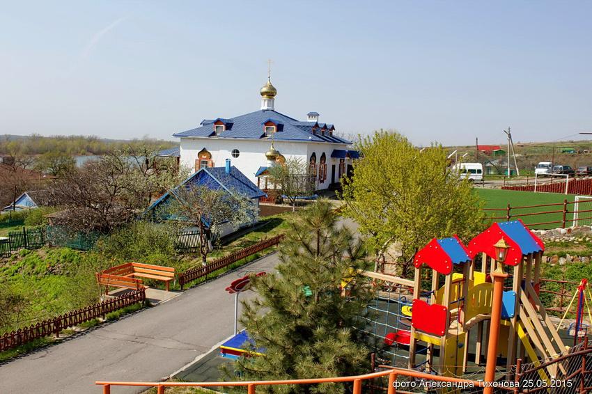 Второе рождение хутора Старозолотовский, жители которого не бросят его ни за какие миллионы!